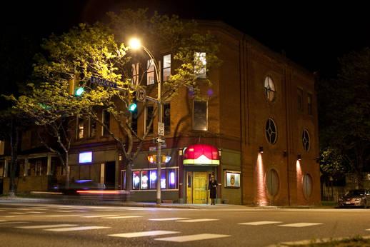 Cinemark Tinseltown USA - Gates movie times and